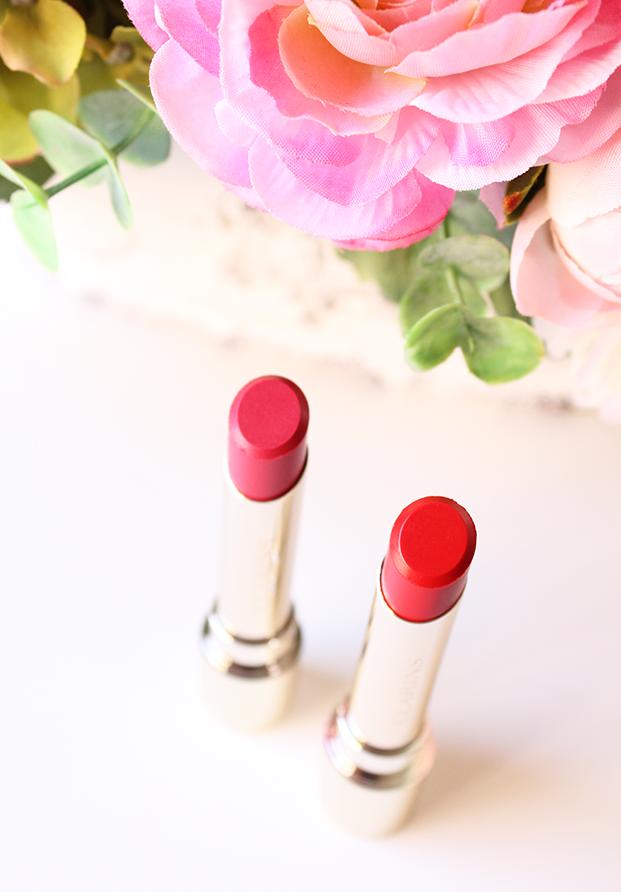 Joli Rouge Lacquer, la primera barra de labios con efecto vinilo de Clarins