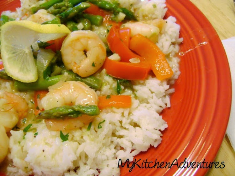 Renee's Kitchen Adventures:  Lemony-Garlic Shrimp with Vegetables. Light and healthy!  #shrimp #lemon