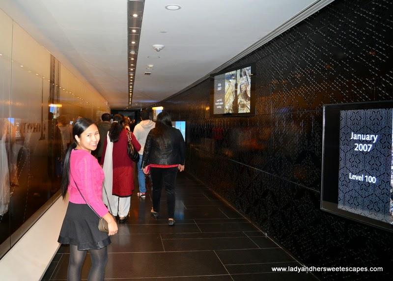 the construction of Burj Khalifa on LCD TVs
