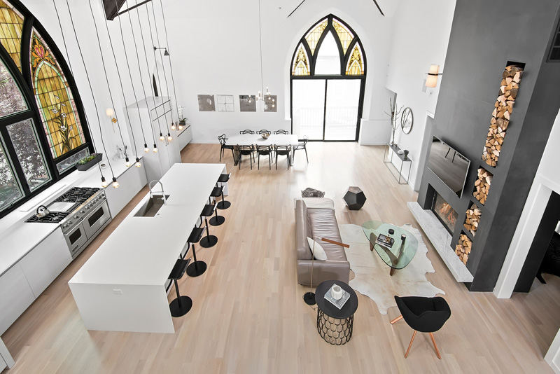 Open living area in Church conversion to chic private home Chicago