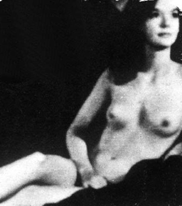Pamela Franklin Naked 30