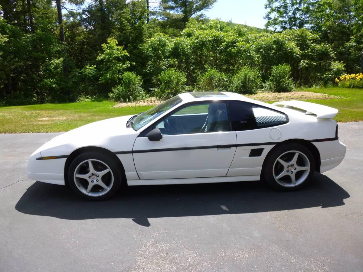 Daily Turismo: No Swap: 1988 Pontiac Fiero GT