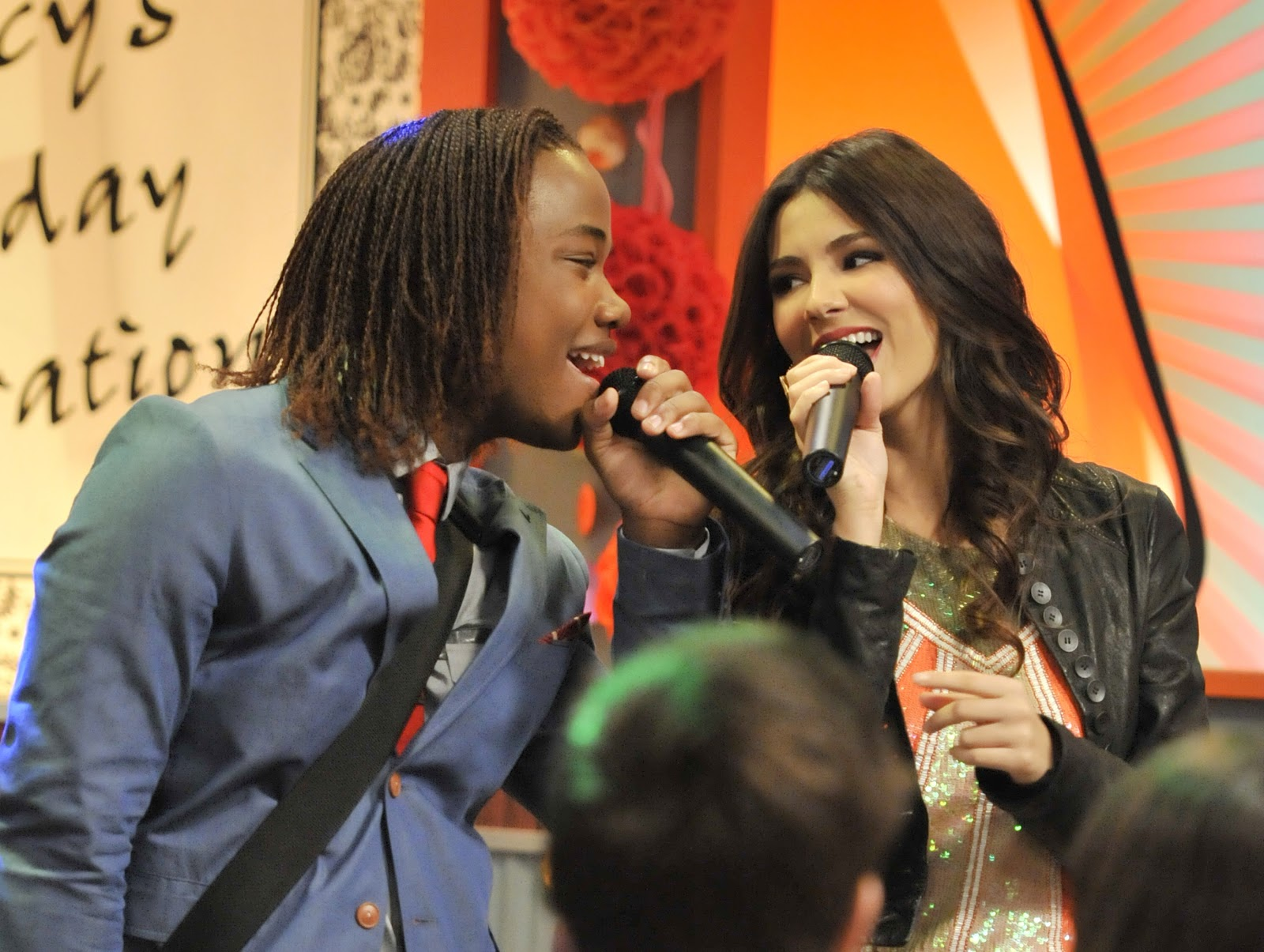 Rocky Coast News Andre Has A Horrible Girl In An All New Victorious