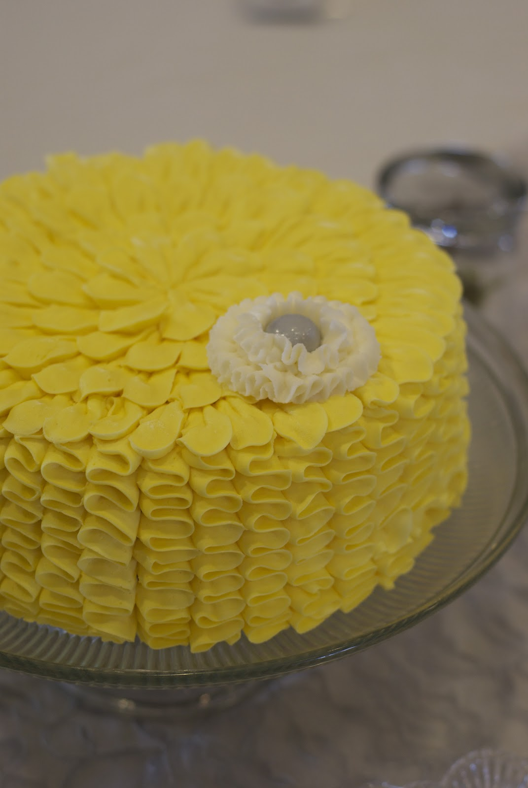 Pinterest Pictures Of Yellow End Tables With Gray Country Cupboard Cakes Yellow And Gray Wedding