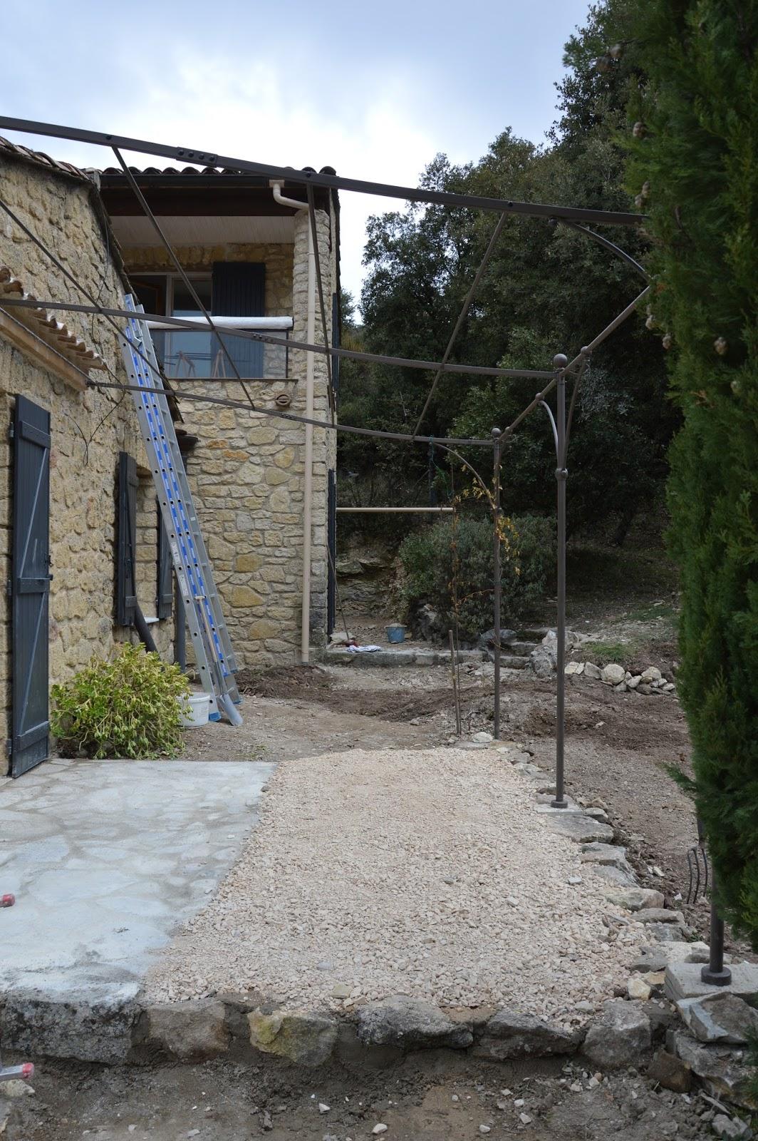 Maison malauc ne renoveren parkings terrassen - Provencaalse terras ...