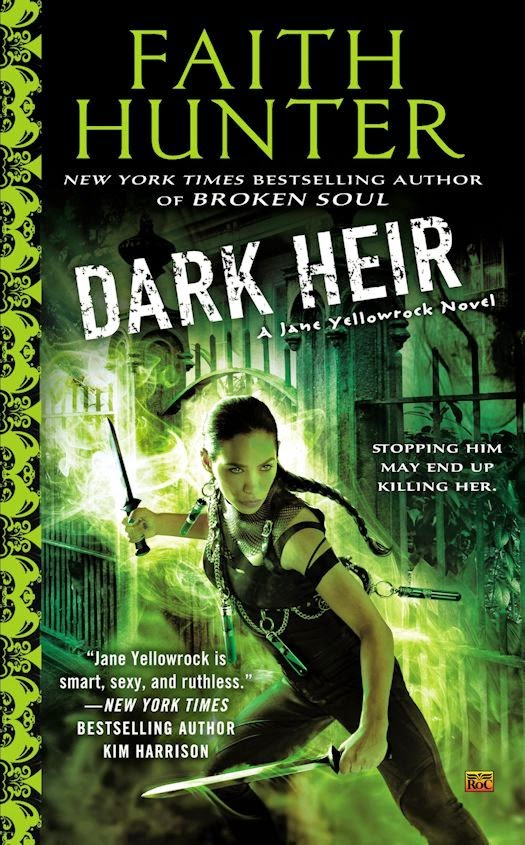 Review: Dark Heir by Faith Hunter