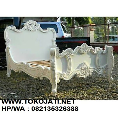 MEBEL DIPAN JATI KLASIK UKIRAN JEPARA CAT DUCO CLASSIC EROPA UKIRAN JEPARA FRENCH VINTAGE-MEBEL INTERIOR KLASIK,MEBEL INTERIOR KLASIK-AIFURINDO GOLDENTREE TOKO JATI-FURNITURE KLASIK MEWAH-TREMBESI JEPARA. JUAL MEBEL JEPARA,MEBEL UKIR JEPARA,MEBEL JATI JEPARA,MEBEL DUCO,MEBEL KLASIK,MEBEL TREMBESI JEPARA,FRENCH VINTAGE.SCANDINAVIAN,DESIGN INTERIOR HOTEL,SUPPLIER MEBEL JEPARA