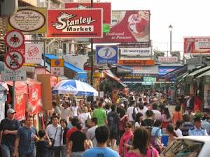 Stanley Beach dan Stanley Market