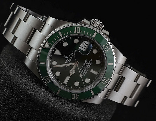 "Rolex Green Submariner Steel 116610LV ""HULK"" 'Random'"