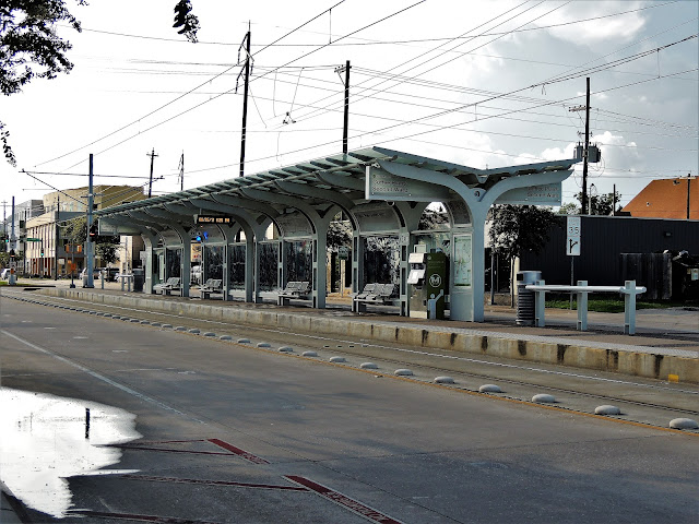 Metro Green Line Station Coffee Plant / Second Ward
