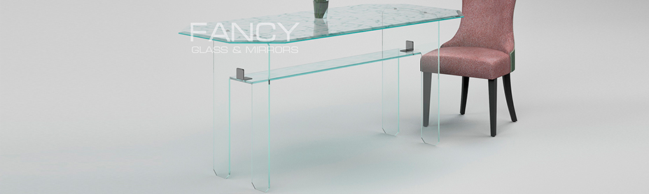 Rectangular dining table made of cracled laminated glass
