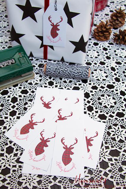 Karácsonyi ajándékkártya - skótkockás szarvas-sziluett I Manzard9