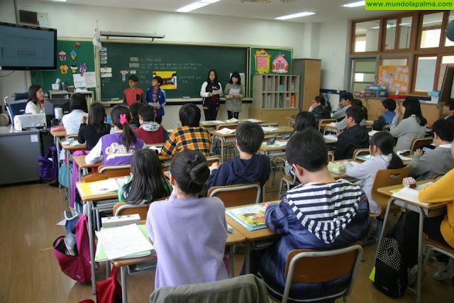 El profesorado de Secundaria recuperará la jornada lectiva de 18 horas el próximo curso