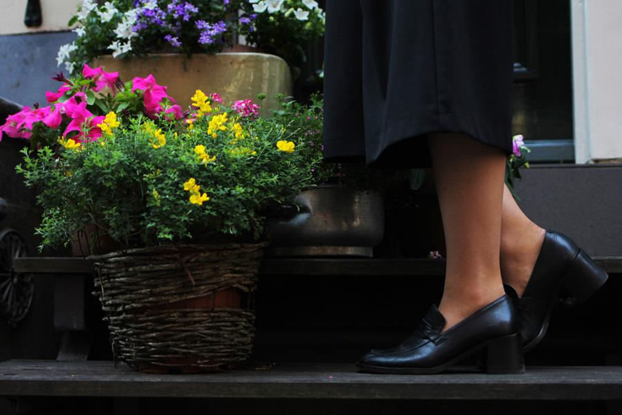 vintage flats shoes