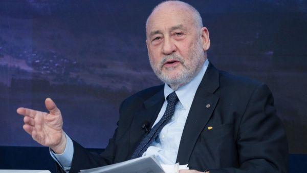 """Premio Nobel insta a México a """"ver más allá de EE.UU."""""""