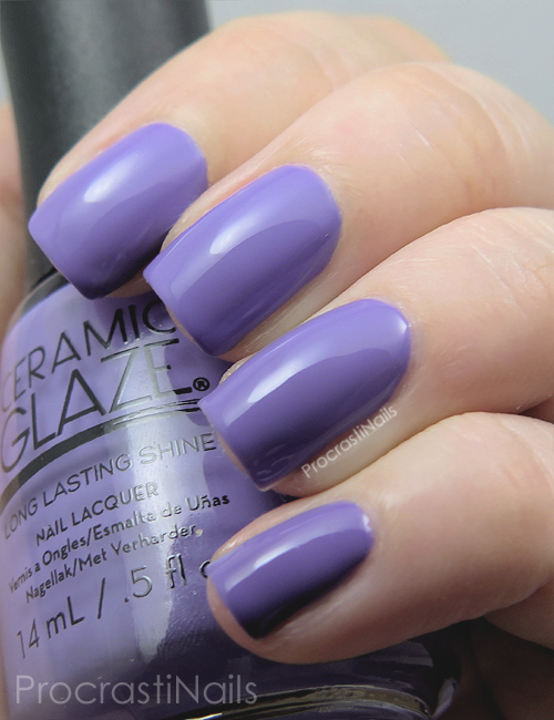 Swatch of the iris purple Ceramic Glaze Petal Pusher