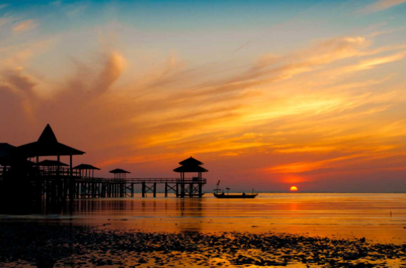 Pantai Kenjeran Surabaya