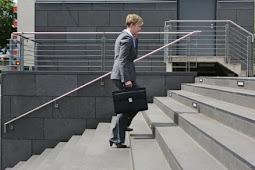 Tips Mengurangi Berat Badan Bagi Pekerja Kantor
