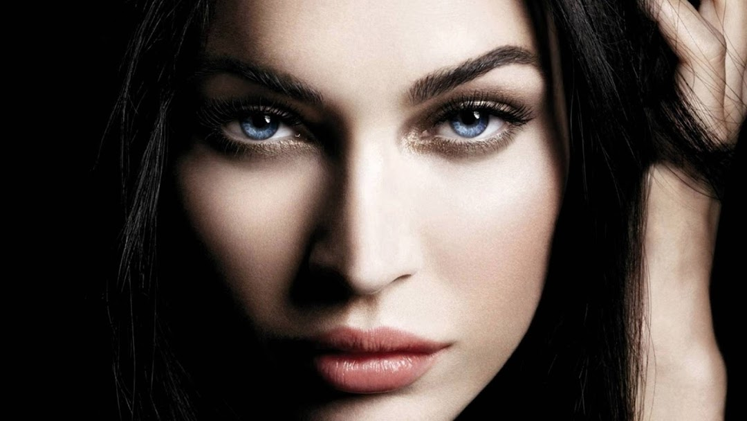 Megan Fox HD Wallpaper 2