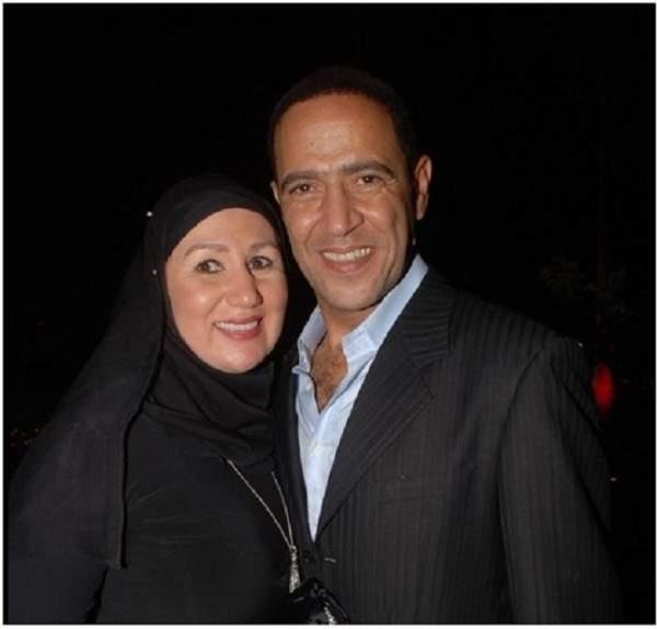 اكتشفوا كيف أصبح شكل زوجة أشرف عبد الباقي بعد أن خلعت الحجاب أثناء ظهورهم في فرح حمدي الميرغني
