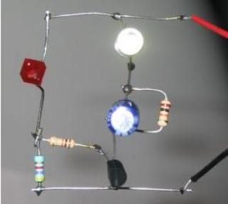 Un Transistor Du Circuit De Clignotant Led