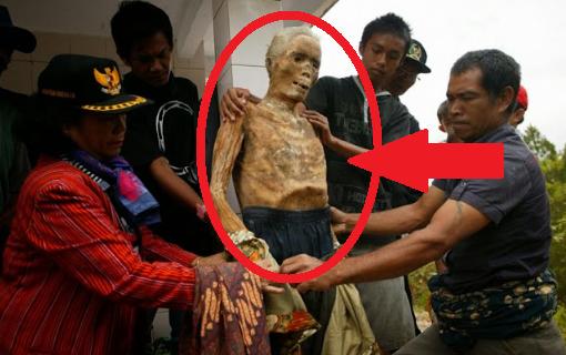 Fenomena Mayat Berjalan di Toraja + Foto Penampakan Asli