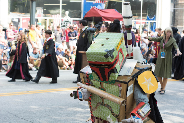 Awesome card board cosplay of Bobba Fett