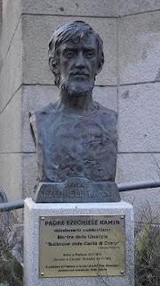 A bronze of Ezichiele Ramin in Piazza San Giuseppe in Padua