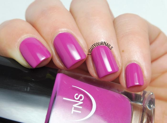 Smalto viola orchidea TNS Firenze 539 Venere orchid purple nail polish