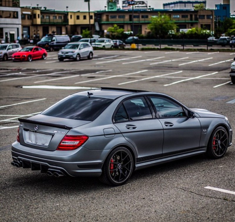 Supercar Mercedes C63 AMG 002