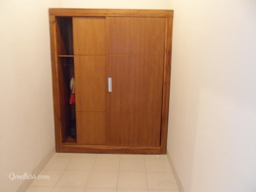 Wardrobe/Closet Villa Tukad Alit