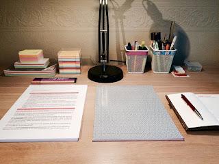 gambar meja yang rapi