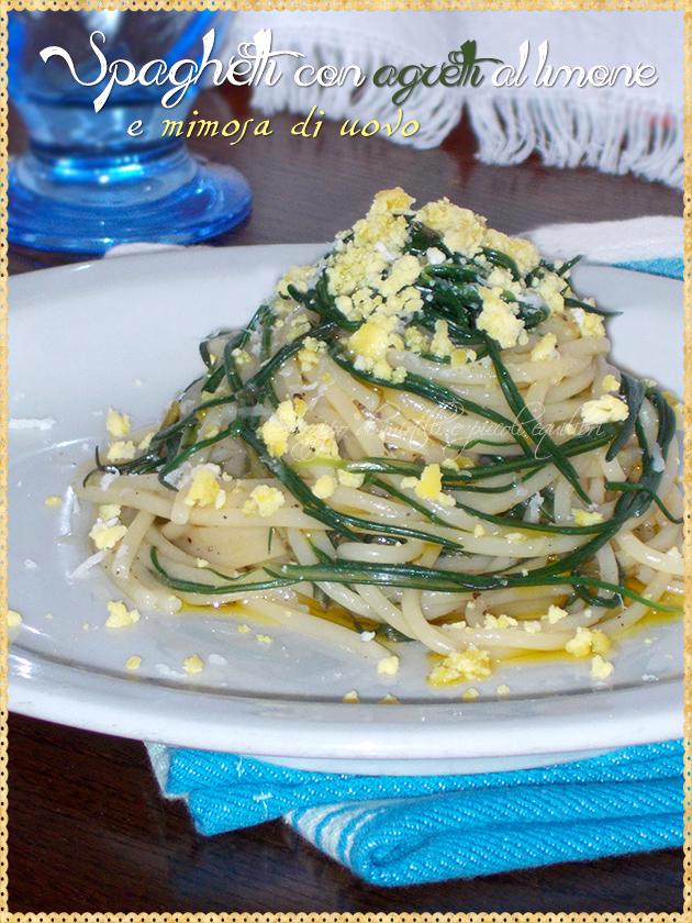 Spaghetti con agretti al limone e mimosa di uovo
