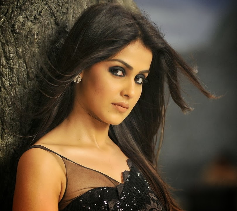 New Good Image Of Genelia Dsouza