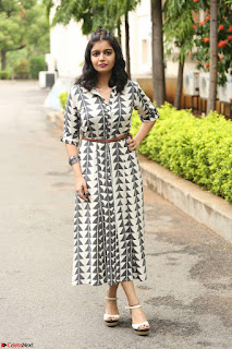 Swathi Reddy Looks super cute at London Babulu theatrical trailer launch ~  Exclusive 066.JPG