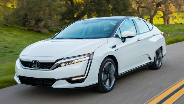2017 Honda Clarity Fuel Cell Review