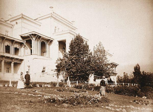 Гостиница Россия. 1886 г.