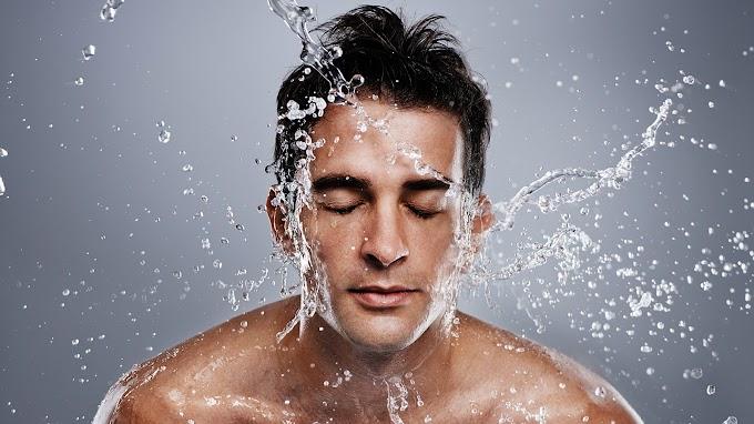Pencuci Muka Terbaik Untuk Lelaki Masa Kini