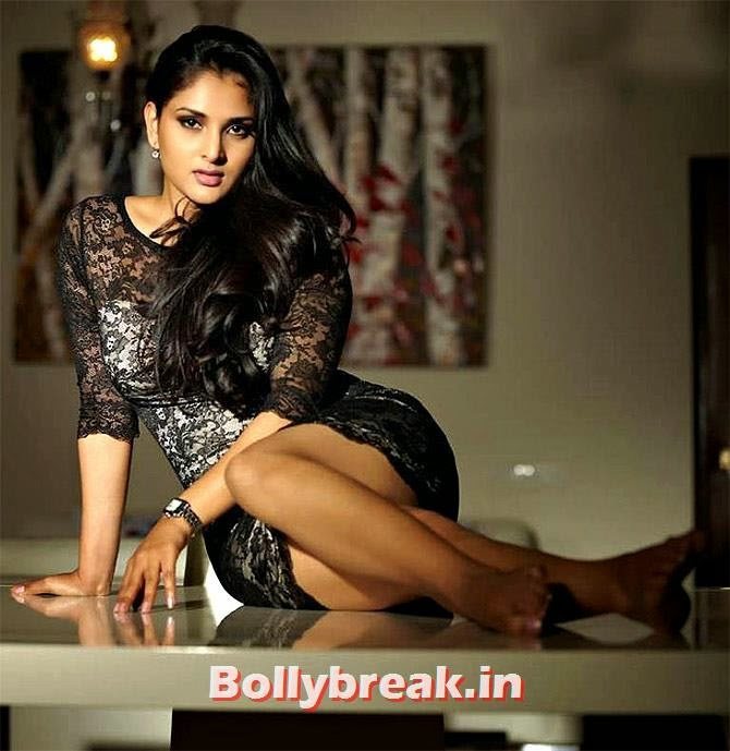 Ramya is India's youngest MP, Sports & Bollywood celebrities Standing in Lok Sabha Elections 2014