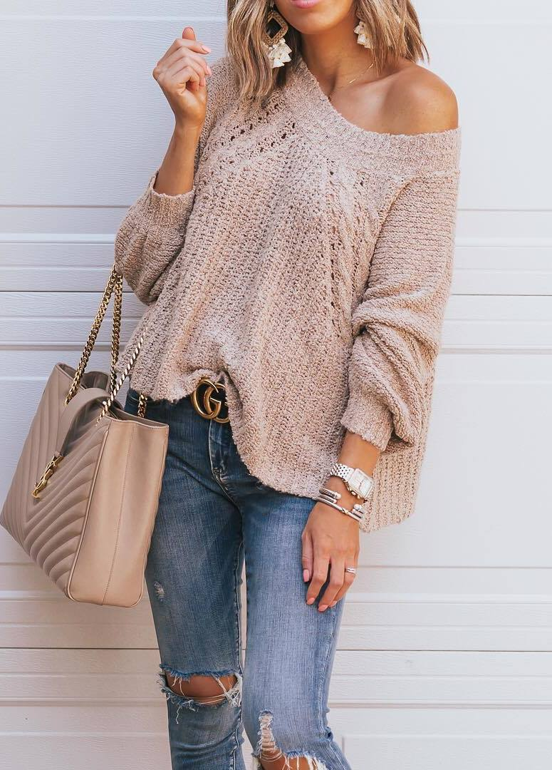 fall trends_blush one shoulder sweater + bag + ripped jeans