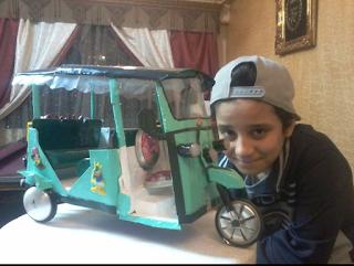 احمد محمد ابراهيم الشهير بفنان تشكيل الكانز او ( كانز مانCans man