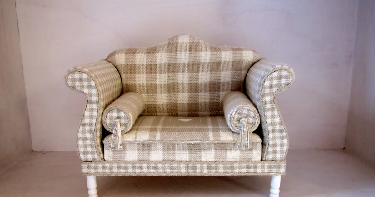 on being a mini mum jill lucas sofa for my shabby chic house. Black Bedroom Furniture Sets. Home Design Ideas