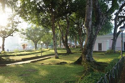 Taman di Water Front Kuching