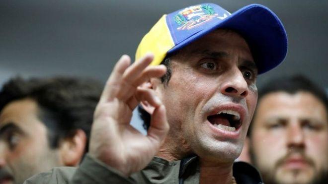 Venezuela opposition leader Capriles banned from politics