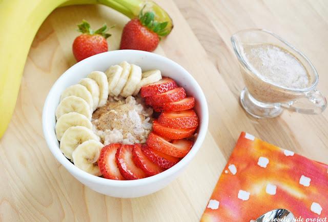 strawberry & banana oatmeal