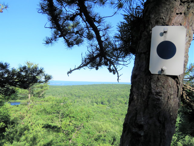 Gone Hikin': High Point State Park, NJ - Blue Dot and Mashipacong