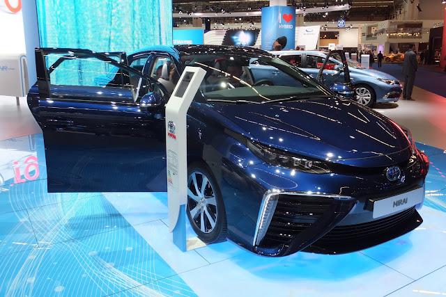Toyota-MIRAI-FCV