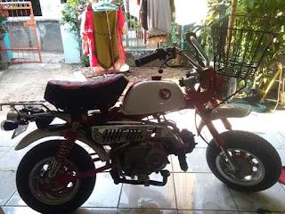 Jual aja.. Honda monkey spesial edition 50th Anniversary..