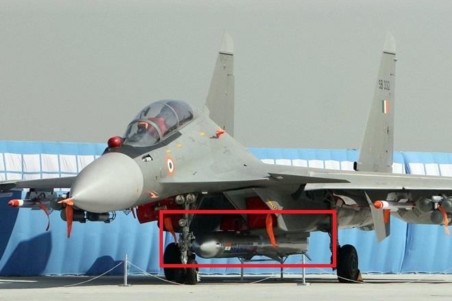 India test-fires BrahMos supersonic cruise missile from a fighter jet