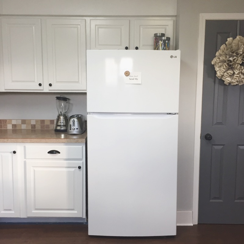 Keep Home Simple: How I Painted Our Kitchen Cabinets White
